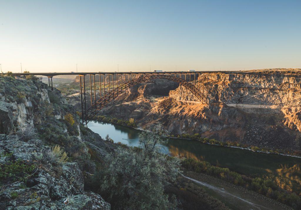 Snake River Canyon and Perrine Bridge in Twin Falls, Idaho, USA.
