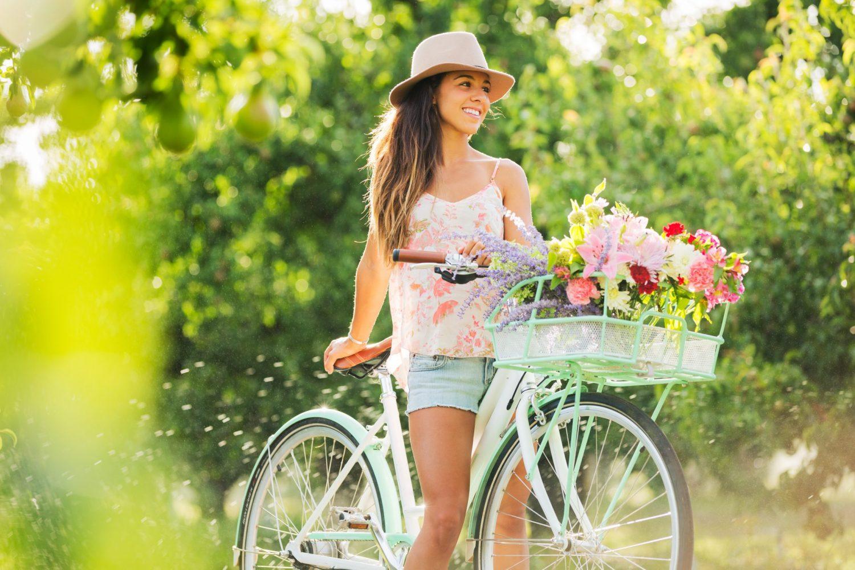 С велосипедами девушки знакомства