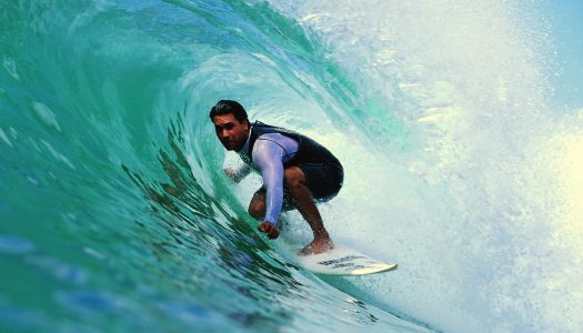 10 Epic Surf Spots in the U.S.