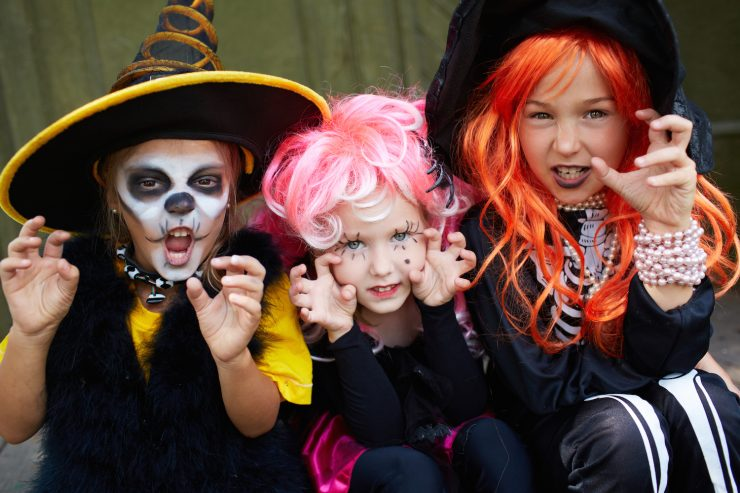 Three Kids in Halloween Costumes  sc 1 st  Drive The Nation & 10 Travel-Themed Halloween Costumes | Drive The Nation