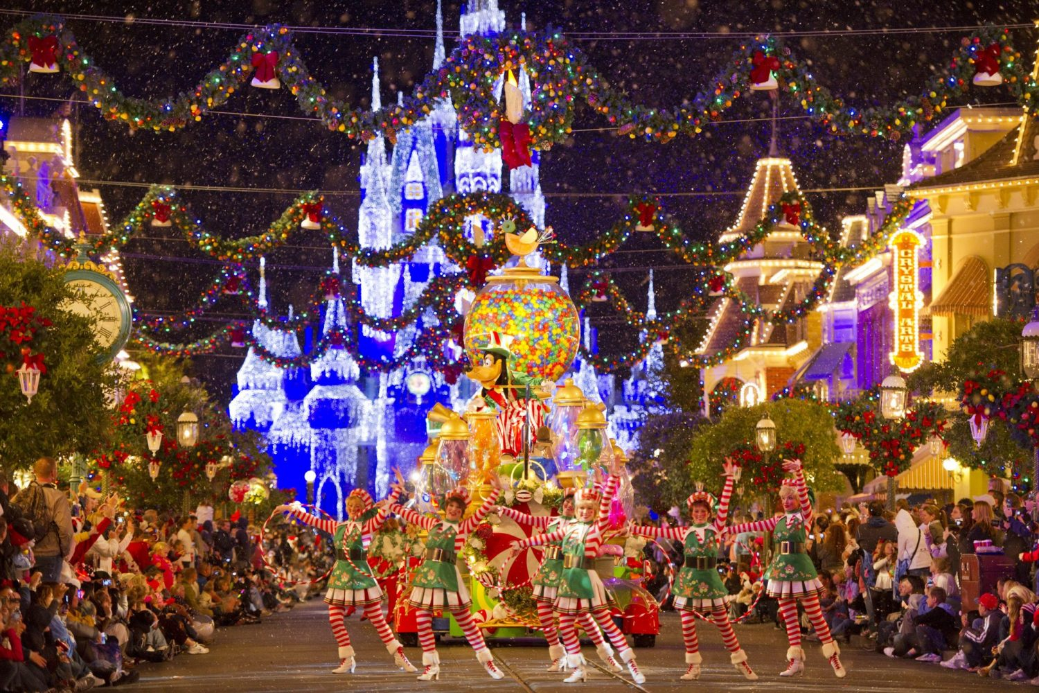 Disney-Holiday-Celebrations-Feature