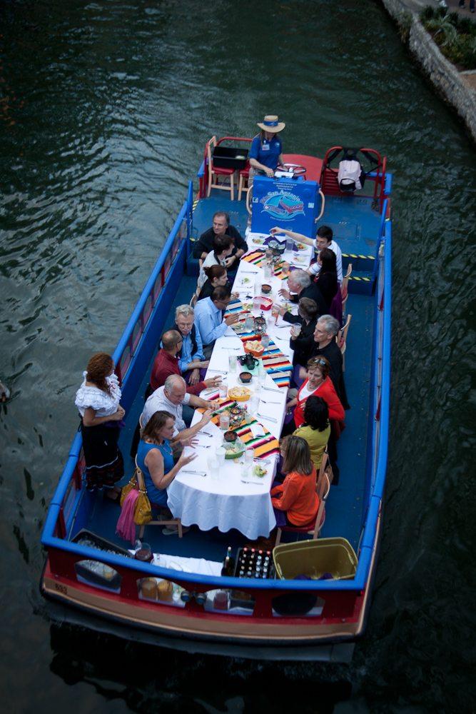 Take A San Antonio Riverboat Tour Drive The Nation