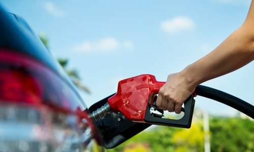 3 of the Best Fuel-Saving Cars for Commuters