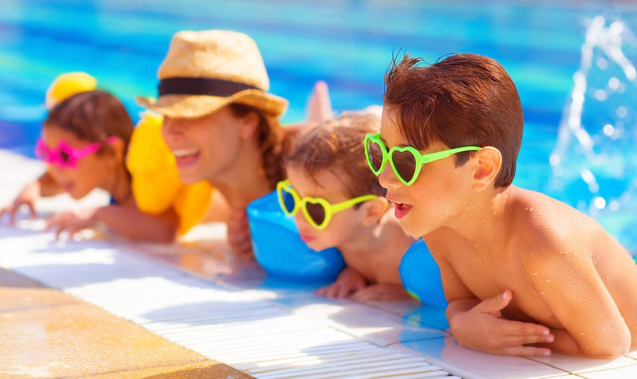 5 Family-Friendly Summer Pool Games