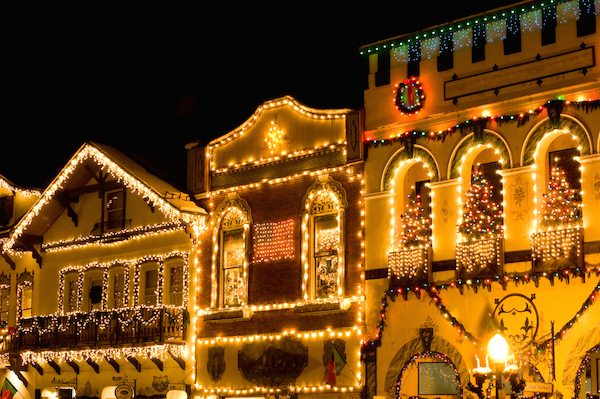 leavenworth-wa-Christmas-lights
