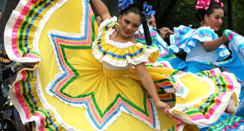 Cindo de Mayo Dancers