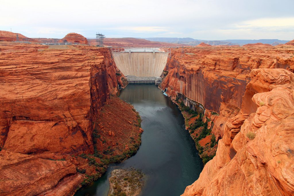 Imagine the Grand Canyon, but with sewage. Eeew!