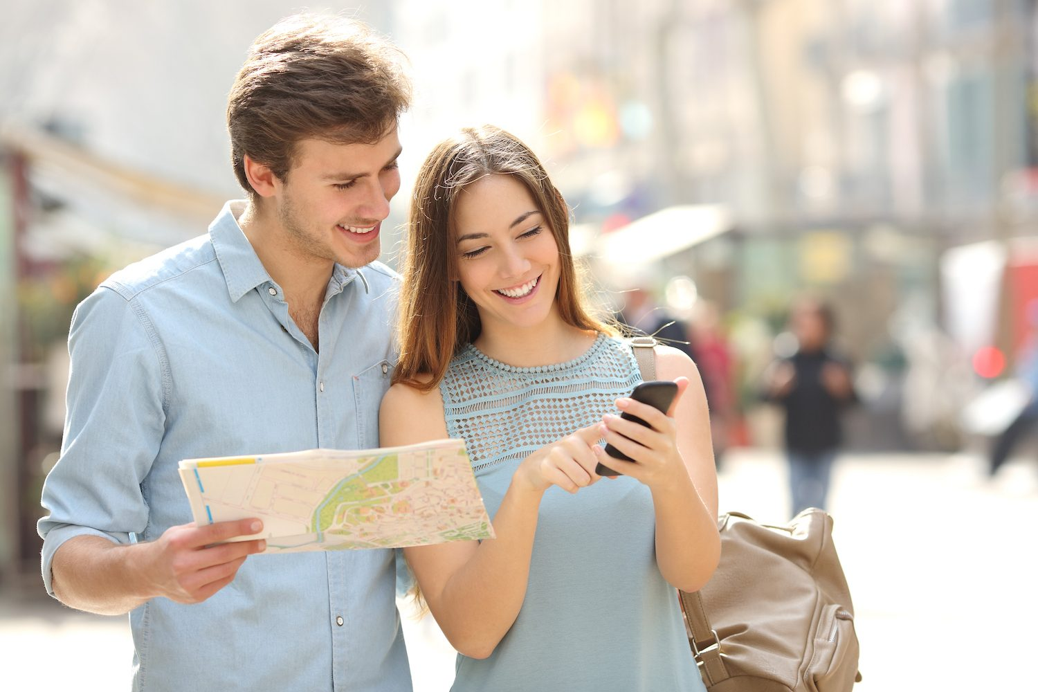 Travelers Look at Phone App