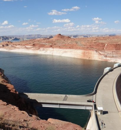 lake at glen canyon