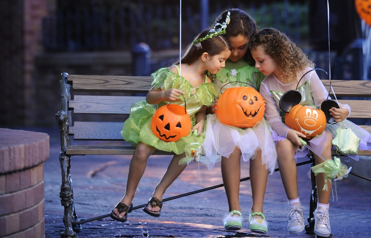 Halloween Trick-or-Treating with Food Allergies at Mickey's Not-So-Scary