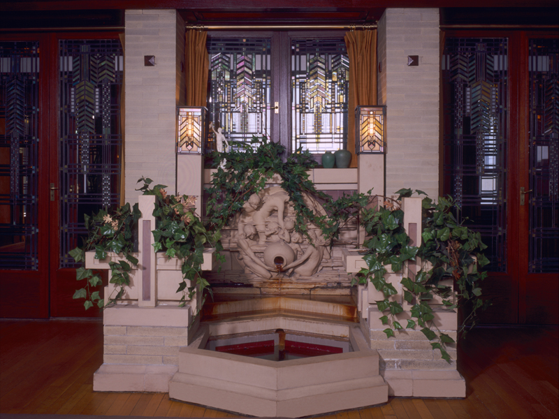 Interior of the Dana Thomas house