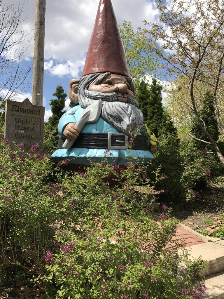 Elwood, Worlds Largest Gnome