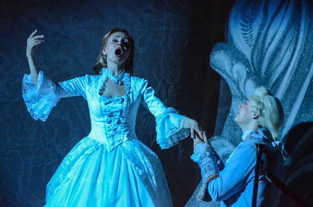 female and male opera singers performing classical opera