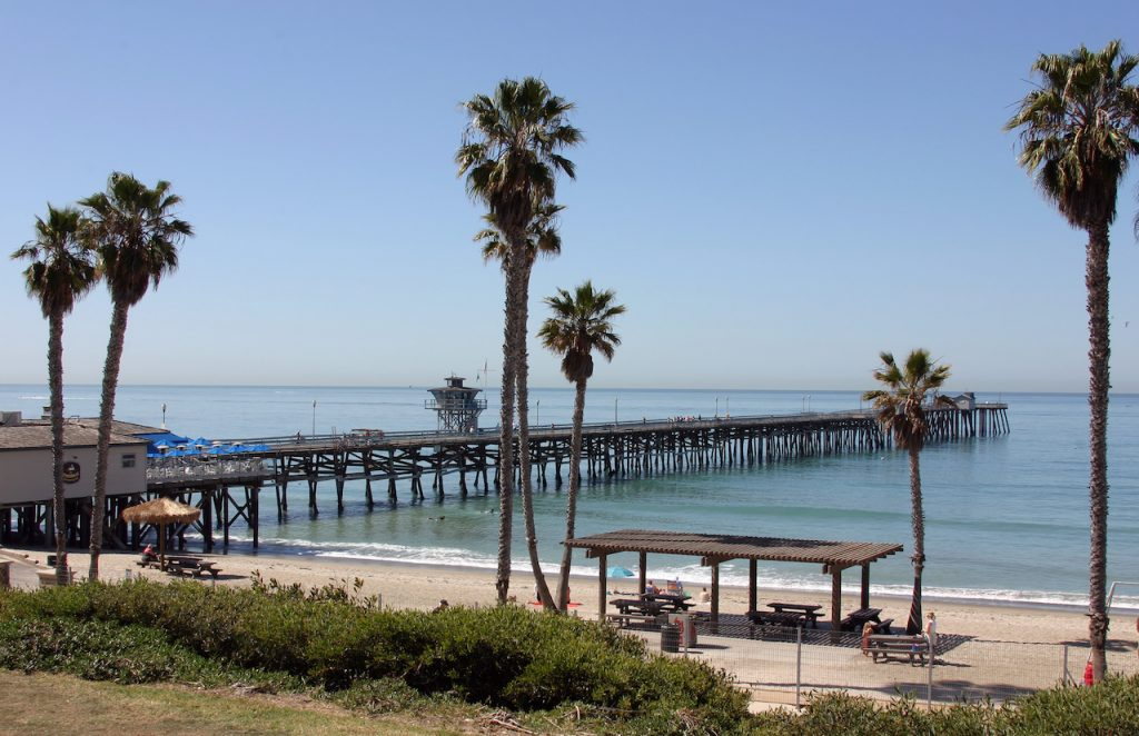 San Clemente Pier on a calm Summer Day